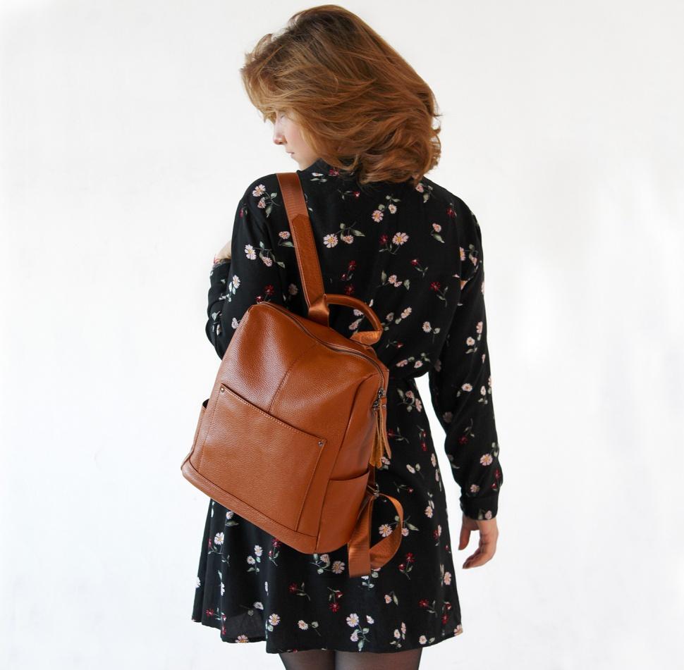 99ee863fdcbc Paul Rayner Carol городской женский рюкзак коричневый купить в ...